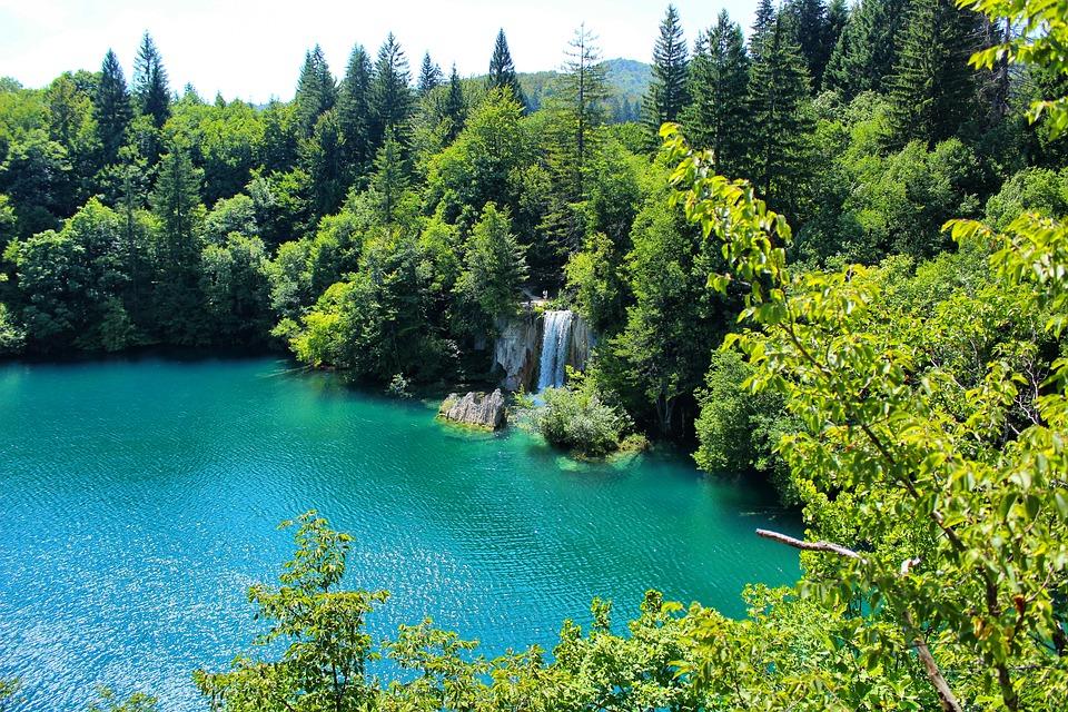 Atrakcje Chorwacji - Park Narodowy Jezior Plitwickich